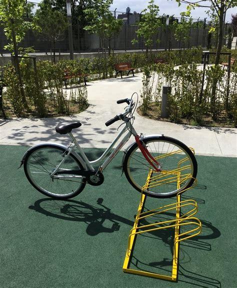 li boyali bisiklet parki