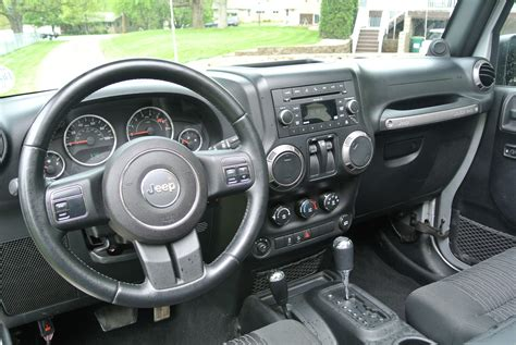 how it works cars 2010 jeep wrangler interior lighting 2010 jeep wrangler pictures cargurus
