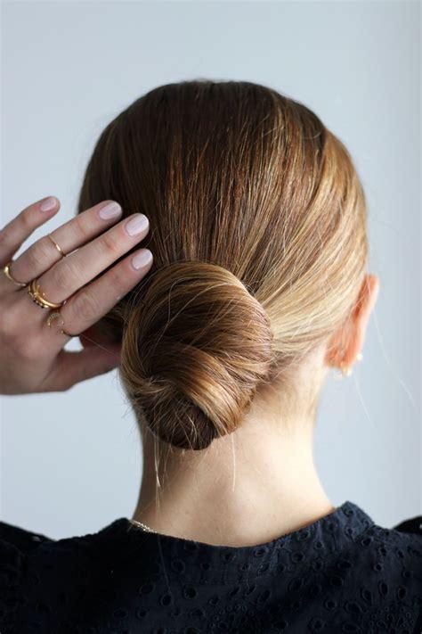 hair bun 25 beautiful easy hair buns ideas on
