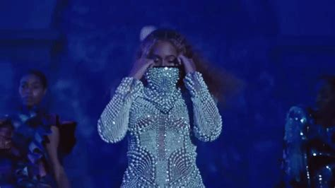 """beyoncé drops surprise album, """"apesh*t"""" video, with jay z"""