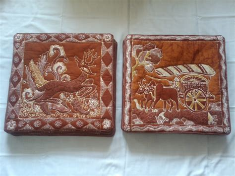 Sarung Batik Mga Nusantara rumah batik swarna nusantara pernak pernik batik tulis 1 sarung bantal kursi