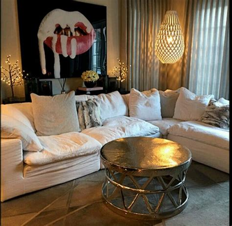 khloe bedroom kris jenner house 17 best ideas about kendall jenner bedroom on