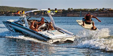 tige boats nz tig 233 z1 wakeboard wakesurf ski boat rental in kelowna