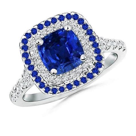 Blue Safir Sapphire 1 35ct extravagant sparkle and royal grandeur of this blue