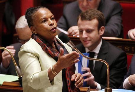 ministero della giustizia ufficio pensioni ministro francese della giustizia e diritto di ironia