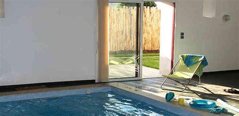 Gîte Vendée Location vacances avec piscine intérieure chauffée privée Abélia
