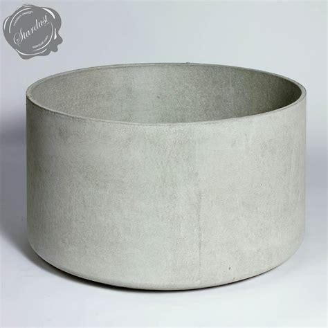 extra large round outdoor planter pot 30 quot diameter