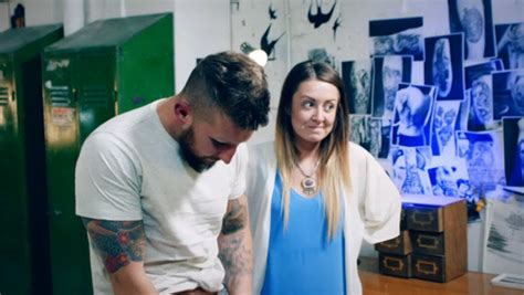tattoo fixers zombie finger tattoo fixers paisley billings mortified over zombie