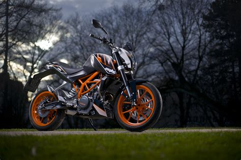 Ktm Duke Price In Malaysia Ktm Duke 390 And Fared Sports Bike To Launch By 2014
