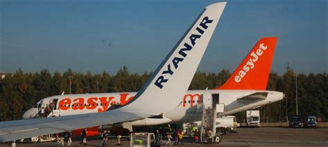 europe s low cost airlines ryanair easyjet to fly to kenya wallstreet