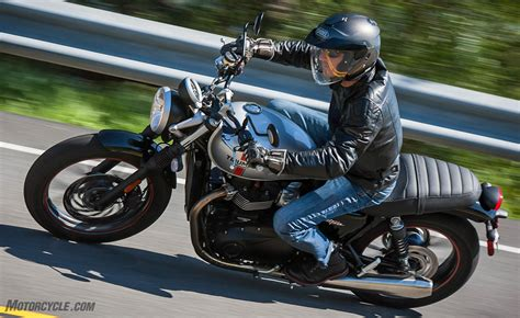 best motorcycle best standard motorcycle of 2016