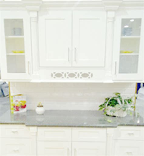 Add Glass To Kitchen Cabinet Doors ice white shaker kitchen cabinets