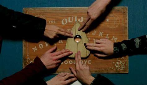 la verit 224 sulla tavola ouija il gioco diabolico veb it