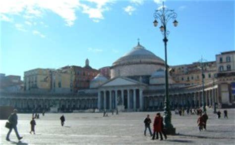naples tourist information hotels  travel italy heaven