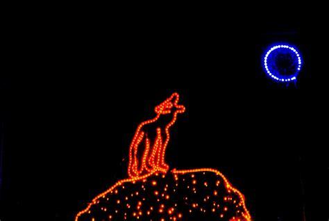zoo lights tacoma zoolights tacoma peaks and pints tacomapeaks and pints