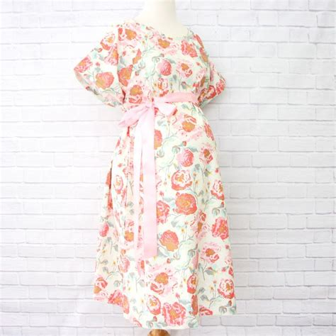 c section hospital gown 1000 ideas about delivery gown on pinterest hospital