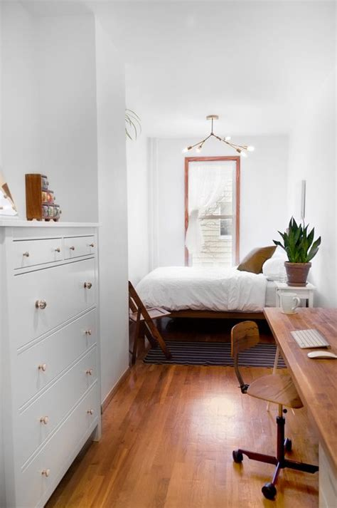 long narrow bedroom 25 best ideas about long narrow bedroom on pinterest