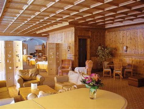 arredamento chalet legno arredamento di montagna mobili legno arredo