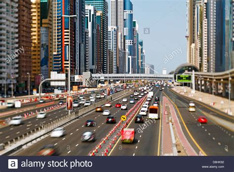emirates road united arab emirates dubai sheikh zayed road traffic