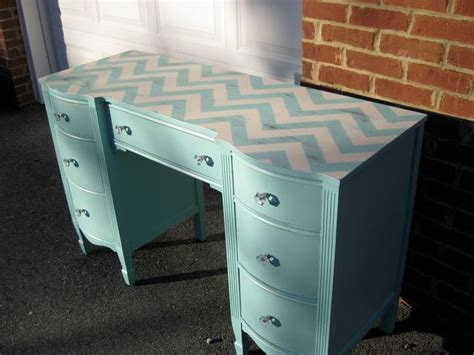 Diy Painted Desk Eight Painted Desk Ideas Turquoise Vanities And Diy Desk