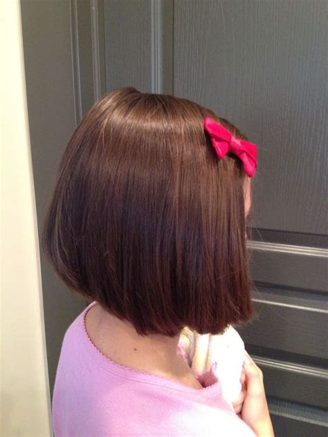 short blended hairstyls isabella wanted a short summer cut i gave her a layered