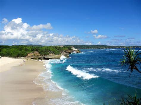 beaches  nusa lembongan  top  spots