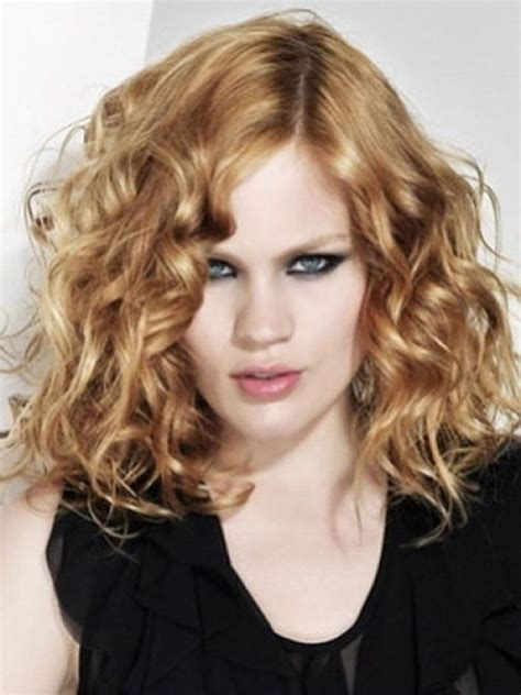 shoulder length blonde curly hair how to wear a bob if you have a long face beautyeditor