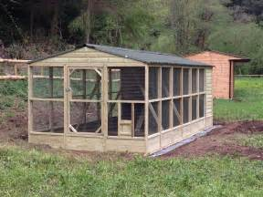 9x21 walk in chicken coop and run this is a great design