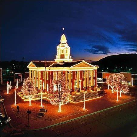 free christmas lights in arkansas the best light displays in arkansas