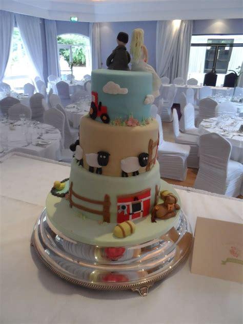 farm themed wedding cake my cakes themed weddings farms and wedding cakes