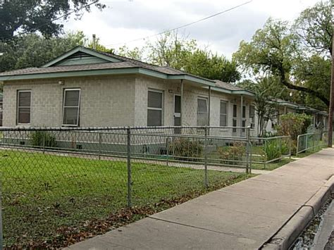 low income housing austin tx santa rita courts austin low rent public housing apartments 2341 corta st austin