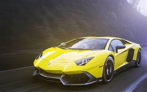 Lamborghini Aventador 720 4 Lamborghini Aventador Lp 720 4 Auto Gialla Hd Via Sfondo