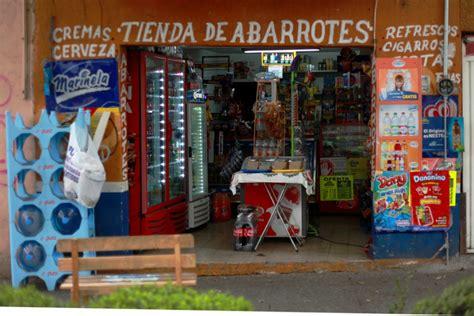 tiendas oxxo nezahualcoyotl infograf 237 a tienditas de la esquina un negocio que