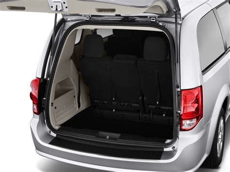 Images Of Front Entryways by 2014 Dodge Grand Caravan Review Specs Price Changes