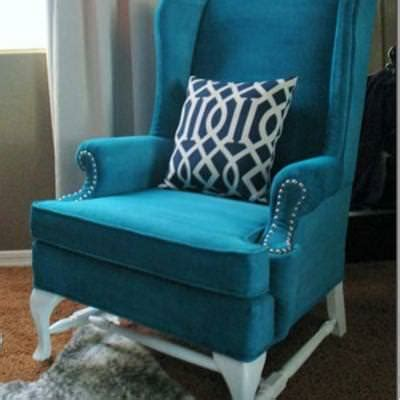 Painted Upholstery by How To Paint Upholstery Trash To Treasure Tip Junkie