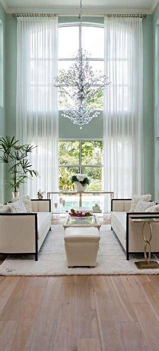 chandeliers  living room messagenote