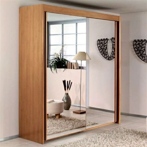 armoire portes coulissantes miroir la porte de dressing coulissante garantit un style moderne