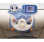 Nissan Pivo La Voiture Avec Un Robot En Guise De