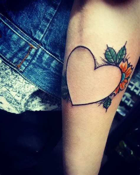 heart line tattoo 40 redefine your fashion statement with