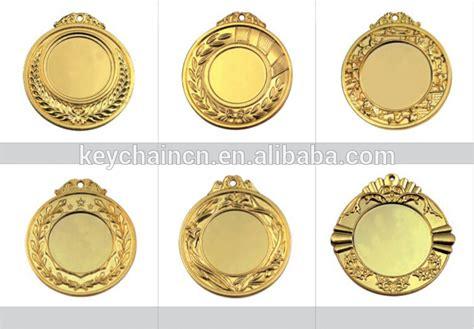 Dadu Permainan Aluminium Alloy Emas 5 Pcs unik desain kustom penghargaan medali olahraga logam kosong emas dengan pita buy product on