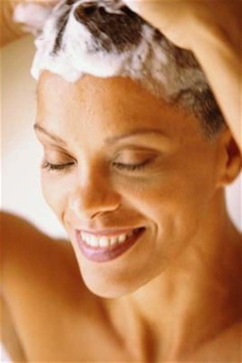 sisterlocks daily maintenance how to moisturize sisterlocks leaftv