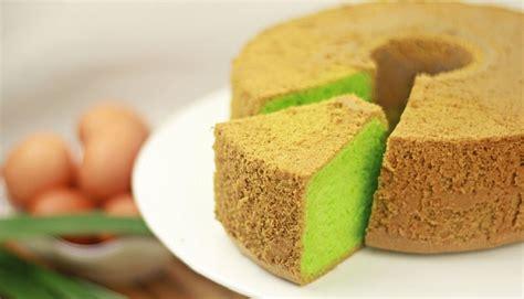 membuat kue bolu pondan resep membuat kue bolu pandan panggang yang lembut dan