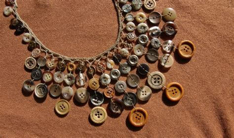 Handmade Button Jewellery - handmade jewelry from fibres diy chains and
