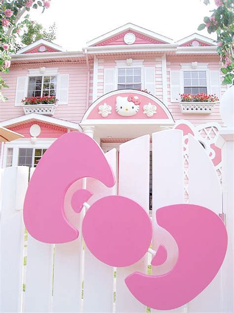 hello kitty mansion kitty dream house hello kitty pinterest