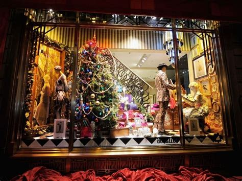 christmas window stores 11 best images about new york henri bendel on radios licorice and henri bendel