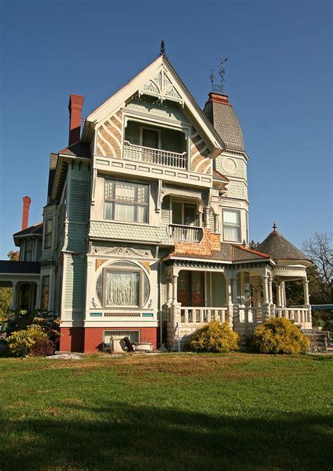 house beautiful com a very beautiful house home is where the heart is