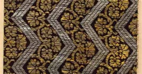 bharat pattern works ahmedabad silk woven with gold and silver wrapped thread zari