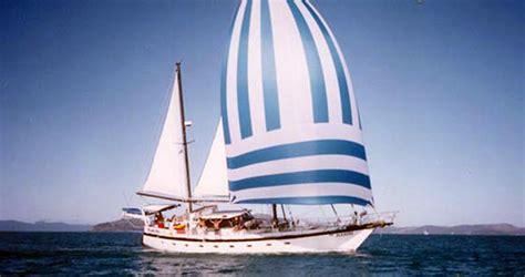 habibi whitsundays sailing adventure rtw backpackers
