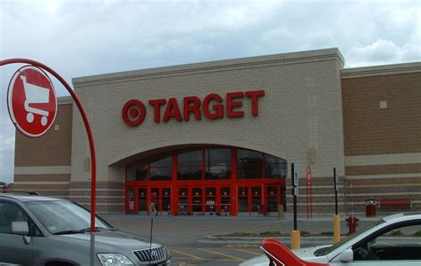 targets hours target hours opening closing in 2017 united
