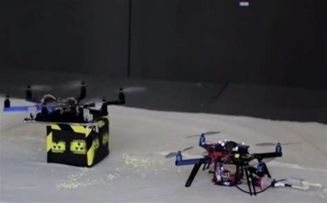 come costruire un drone volante drone volante con stante 3d per gli incidenti nucleari